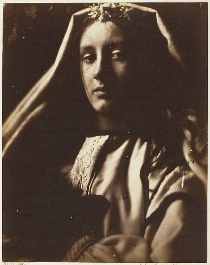 The Neopolitan. Джулия Маргарет Камерон. История фотографии. Викторианская фотография.