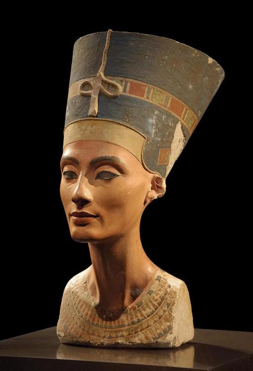 бюст Нефертити-влияние искусства на фотографию