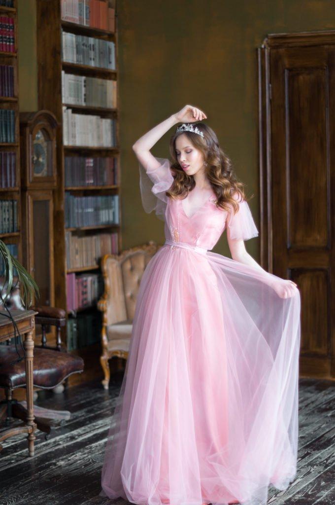 Фотограф Резеда Мурзаханова, девушка в розовом платье, принцесса, аристократсическая красота, свадебные украшения, Инесса Хазова