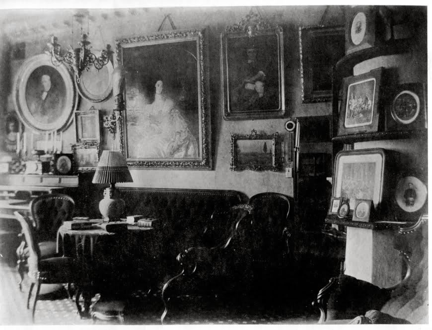 Интерьер в гостиной Петербурга, 1870-е г.г. - дизайн интерьера в царской России - фотография в Российской империи